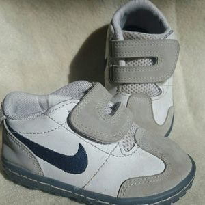 Nike Shoes - Nike Milestones Baby Shoes Sensory Motion 4c
